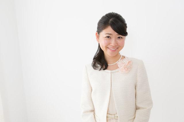 【30代ママ向け】入園式スーツ6選!マナーや流行を抑えて好感度の高い着こなしをしよう!