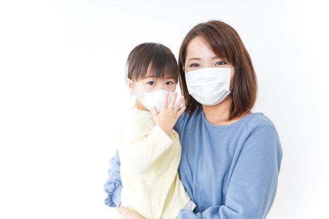 病気予防や花粉症対策に!マスクをつけていたら大丈夫って本当?正しい知識で家族の健康を守ろう