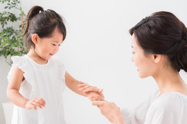 子どもにおすすめの日焼け止め8選と正しい選び方を解説!強い紫外線からデリケートな肌を守ろう