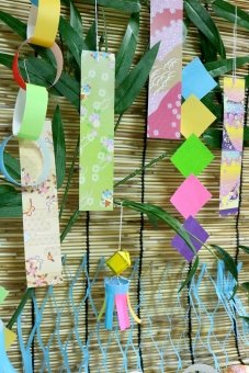 折り紙で簡単に作る七夕飾り10選と由来や意味もご紹介!子どもと一緒に願いを込めて作ろう!