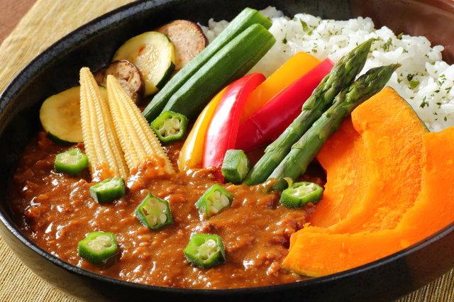 人気の夏野菜カレーレシピ7選!季節の恵みたっぷりな栄養満点の野菜の魅力もご紹介