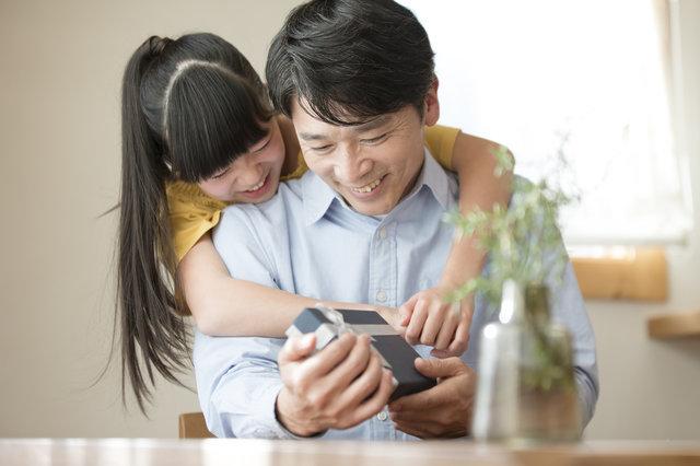 「父の日」に子どもの写真を使ったプレゼントを!時間がなくても作れるアイデア4選
