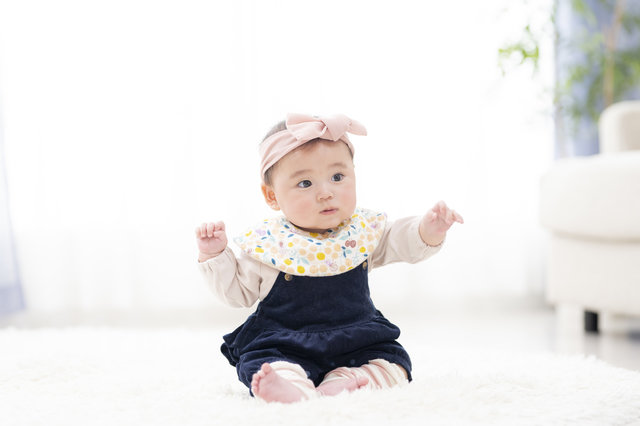 女の子の可愛いベビー服7選!0~6ヶ月の低月齢ベビーだっておしゃれが楽しめる!