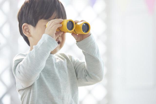【動画あり】望遠鏡を手作りする方法12選!簡単に作る方法やキットを使って親子で楽しもう!