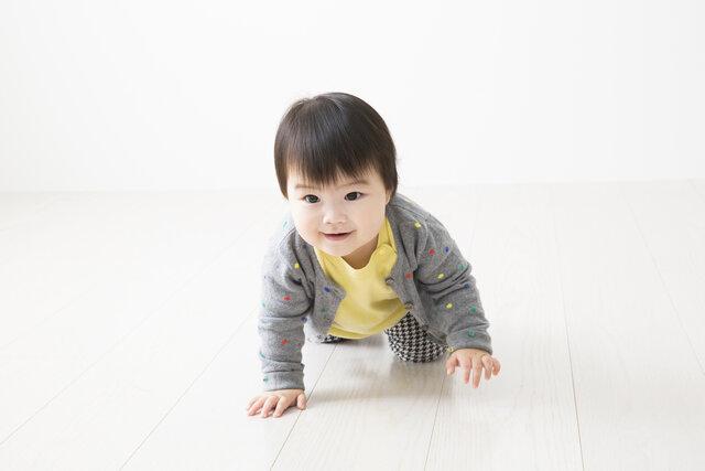 赤ちゃんの冬服選びのポイントとは?月齢ごとのポイントや男女別おすすめコーデもご紹介!