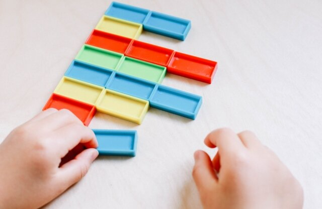 【3~5歳向け】プログラミングおもちゃおすすめ10選。クリスマスプレゼントや入園・入学祝に