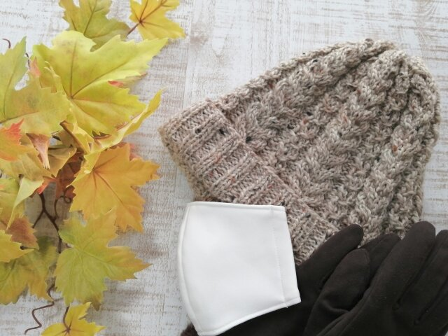 秋冬マスクおすすめ9選「保温・保湿効果」で快適に。マスクストレス解消の便利グッズも
