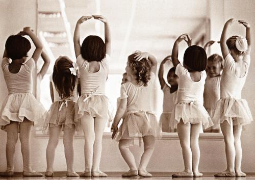 人気の習い事キッズダンスを徹底解説!メリット・教室選びのポイントは?