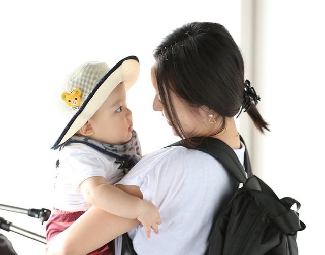 【特集|マザーズバッグ/トートVSリュック】赤ちゃんとのお出かけにベストなのはどっち? - D'COLLE (12069)
