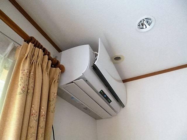 エアコン|写真素材なら「写真AC」無料(フリー)ダウンロードOK (34465)