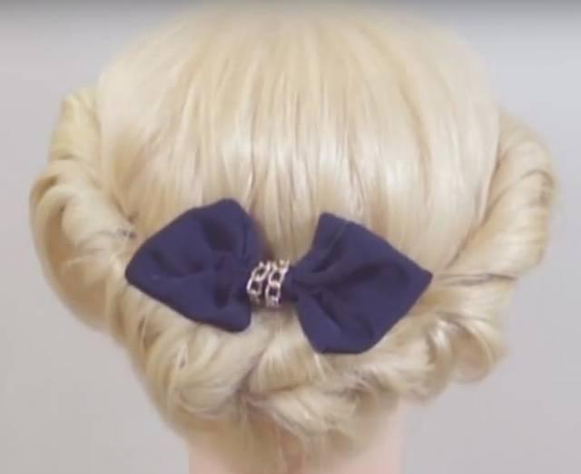ミディアムボブ:ツイストアップヘアアレンジ   Twist hairdo - YouTube (55803)