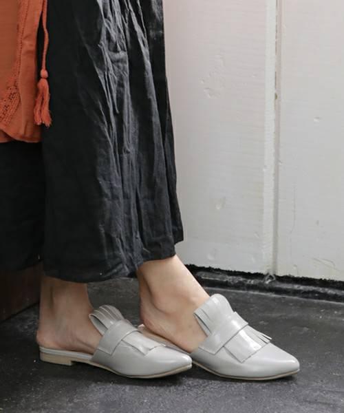 ローファーデザインのポインテッドトゥスリッパサンダル(サンダル) SESTO(セスト)のファッション通販 - ZOZOTOWN (57006)