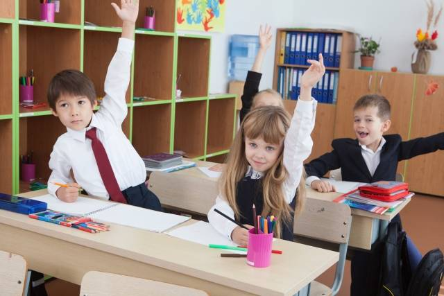 授業を受ける小学生14|写真素材なら「写真AC」無料(フリー)ダウンロードOK (61388)