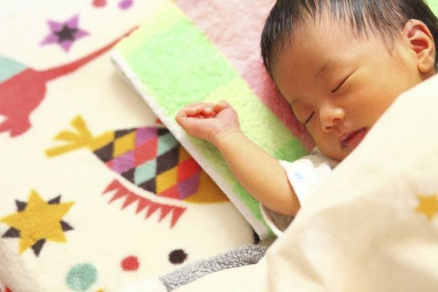 赤ちゃん8|写真素材なら「写真AC」無料(フリー)ダウンロードOK (98847)