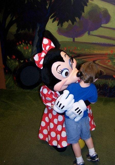 Free photo: Minnie Mouse, Hug, Disney, Child - Free Image on Pixabay - 662055 (2728)