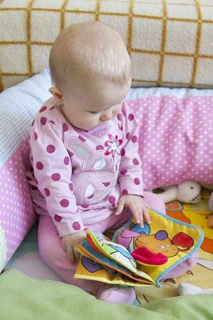 Free photo: Baby, Looking, Reading, Book - Free Image on Pixabay - 316214 (3855)