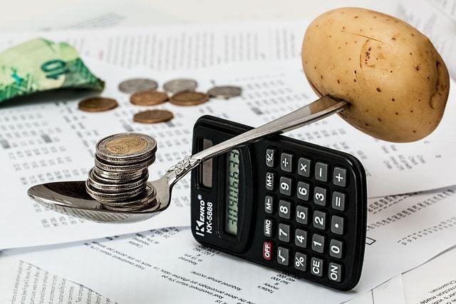 Free photo: Coins, Calculator, Budget - Free Image on Pixabay - 1015125 (6657)