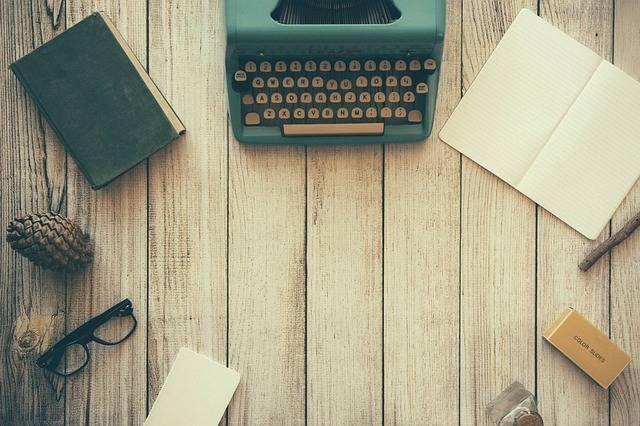 Free photo: Typewriter, Book, Notebook, Paper - Free Image on Pixabay - 801921 (25138)