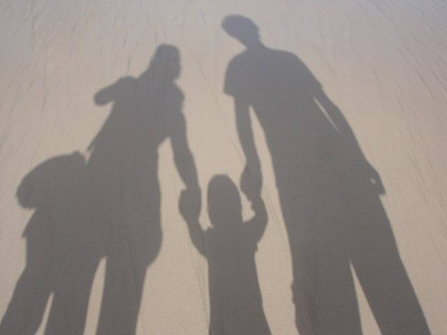 Free photo: Family, Together, Parenting - Free Image on Pixabay - 492891 (27378)