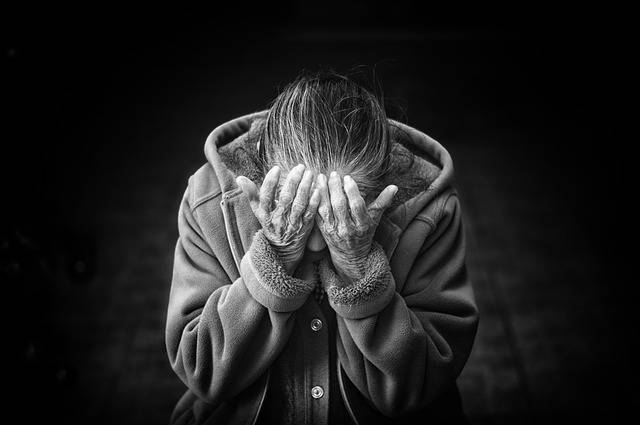 Free photo: Woman, Old, Senior, Desperation - Free Image on Pixabay - 1246587 (27386)