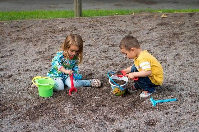 Free photo: Children, Sandbox, Boy, Girl, Son - Free Image on Pixabay - 1730248 (29339)