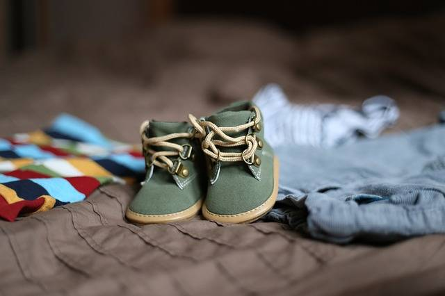 Free photo: Shoes, Pregnancy, Child, Clothing - Free Image on Pixabay - 505471 (35119)