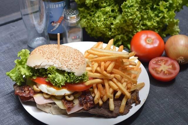 Free photo: Burger, French Fries, Potato Chips - Free Image on Pixabay - 2034433 (39358)