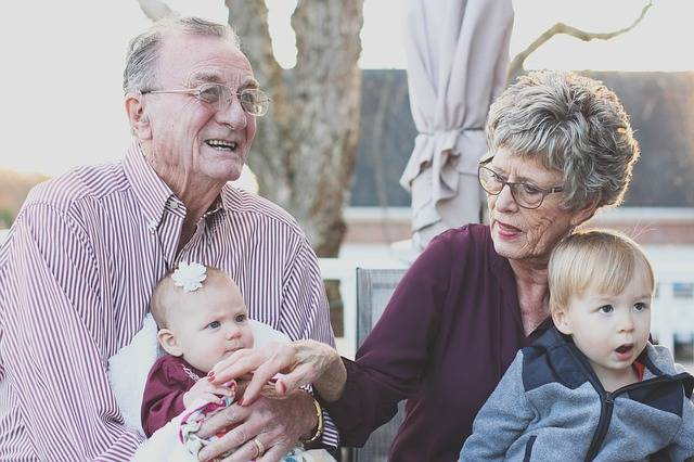 Free photo: Grandparents, Grandmother, People - Free Image on Pixabay - 1969824 (46556)