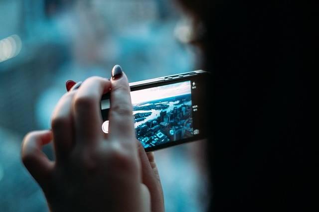 Free photo: Smartphone, Digital Camera, Camera - Free Image on Pixabay - 381237 (51004)