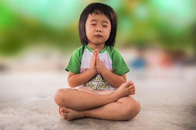 Free photo: Little Girl, Praying, People - Free Image on Pixabay - 1894125 (51012)