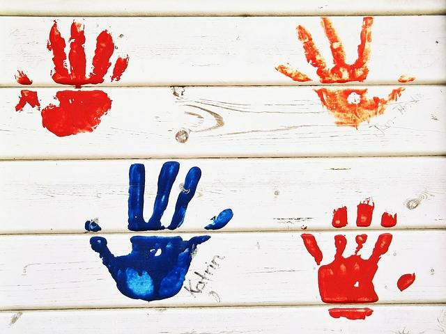 Free photo: Handprint, Hands, Color, Wall, Wood - Free Image on Pixabay - 472090 (51938)