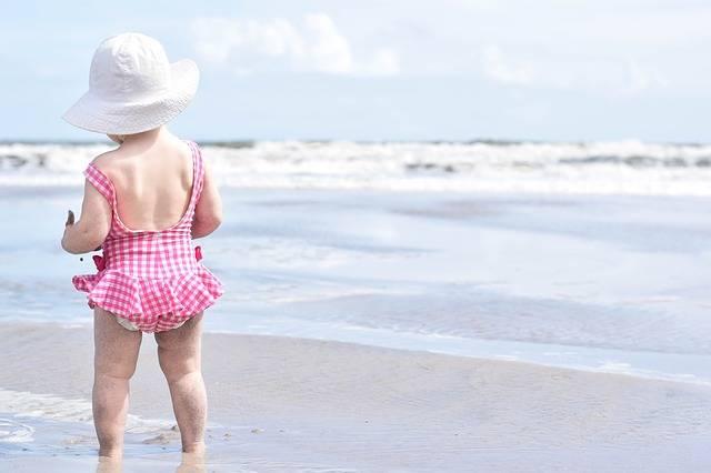 Free photo: Beach, Sand, Girl, Toddler, Summer - Free Image on Pixabay - 1969831 (59863)