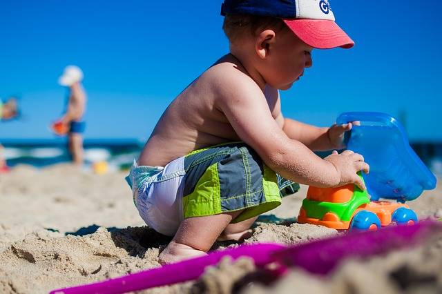 Free photo: Boy, Child, Fun, Beach, Sea, Colors - Free Image on Pixabay - 958457 (59870)