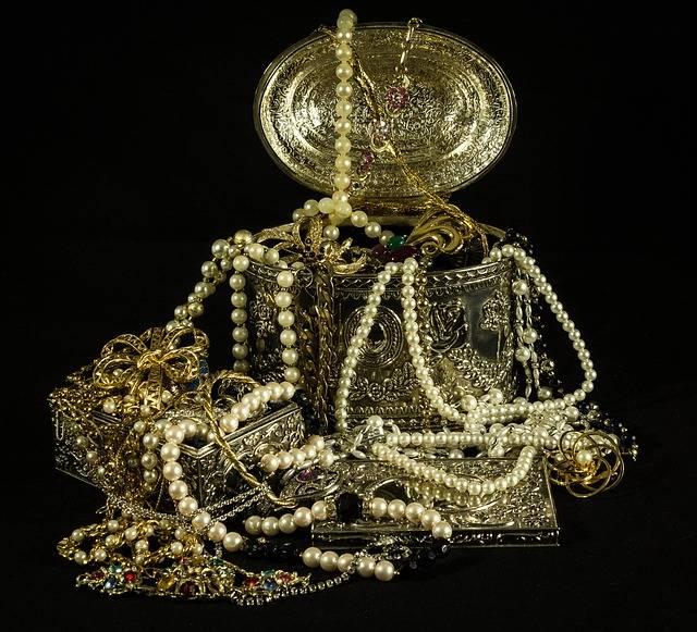Free photo: Treasure, Jewels, Pearls, Gold - Free Image on Pixabay - 395994 (61391)