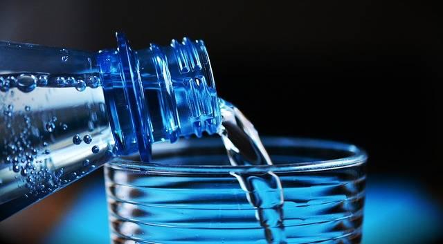 Free photo: Bottle, Mineral Water - Free Image on Pixabay - 2032980 (62575)
