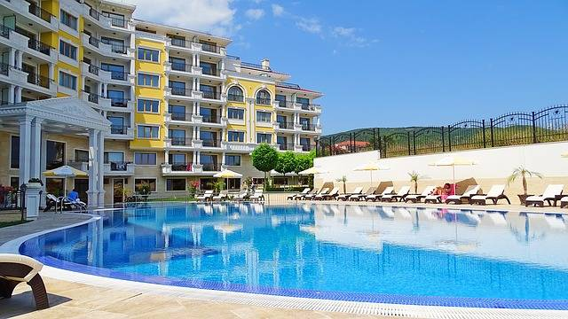 Free photo: Bulgaria, Apartment Complex, Pool - Free Image on Pixabay - 2098435 (63155)