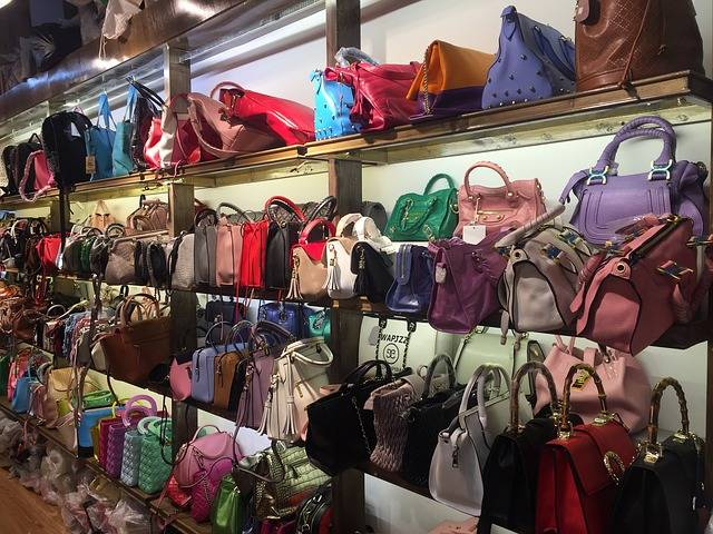 Free photo: Bags, Market, Shopping, Sale - Free Image on Pixabay - 1633717 (64678)