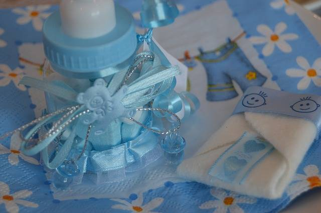 Free photo: Bottle, Teat, Baby, Blue, Boy, Gift - Free Image on Pixabay - 729948 (67018)