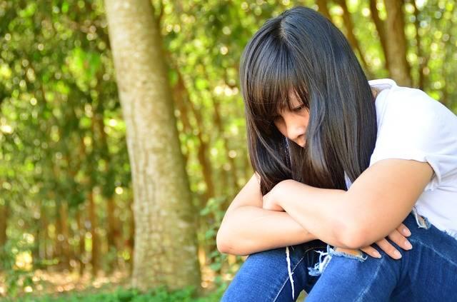 Free photo: Girl, Sad, Thinking, Background - Free Image on Pixabay - 2096998 (68619)