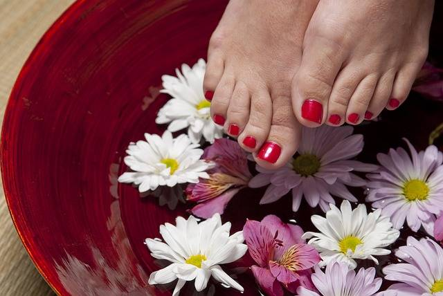 Free photo: Foot, Pedicure, Spa, Woman, Feet - Free Image on Pixabay - 1885546 (69276)