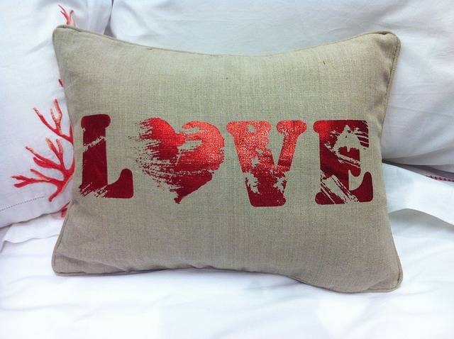 Free photo: Love, Pad, Cusion, Cushions - Free Image on Pixabay - 115878 (69664)