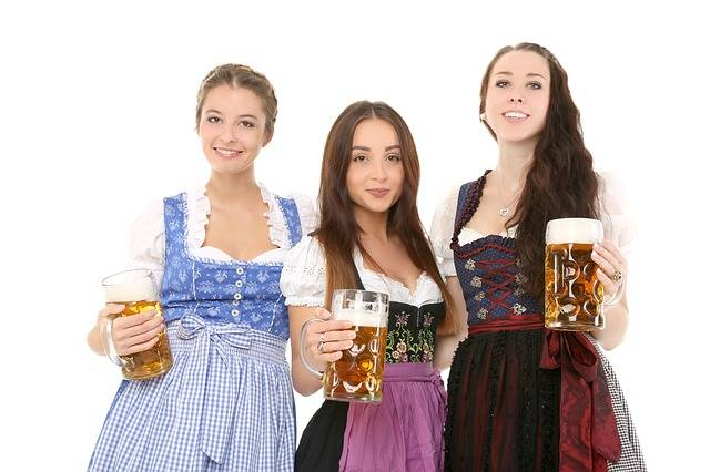 Free photo: Man, Bavaria, Dirndl, Folklore - Free Image on Pixabay - 1979269 (73990)