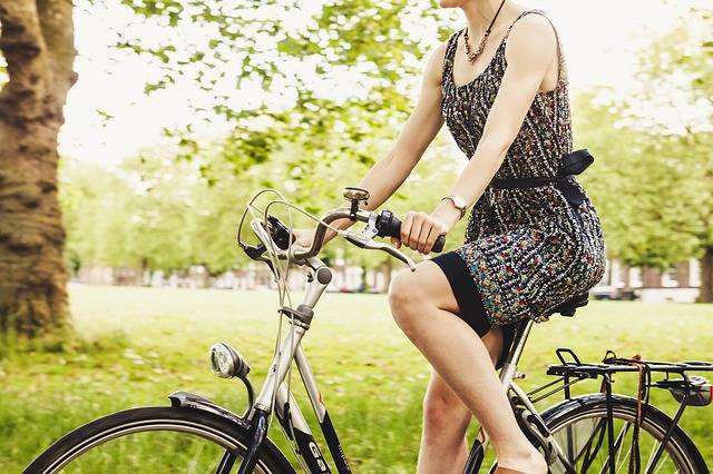 Free photo: Bicycle, Bike, Cyclist, Girl, Grass - Free Image on Pixabay - 1838604 (77326)