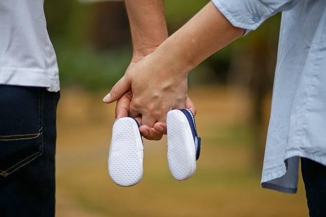 Free photo: Son, Pregnant Woman, Shoe, Bebe - Free Image on Pixabay - 1910304 (81783)