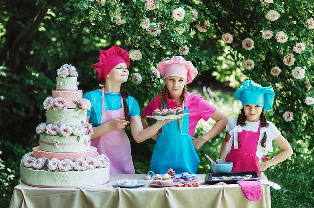 Free photo: Cooks, Confectioner, Children'S - Free Image on Pixabay - 842244 (82349)