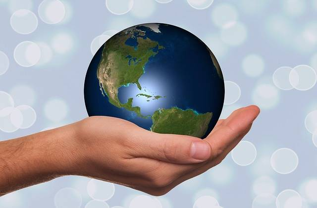 Free photo: Hand, Keep, Globe, Earth - Free Image on Pixabay - 1030565 (83355)