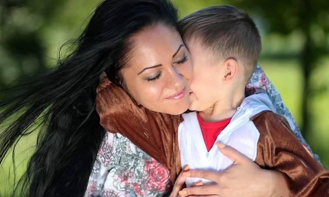 Free photo: Mom, Son, Teddy Bear, Love, Hug - Free Image on Pixabay - 1363919 (93872)