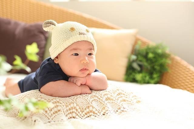 Free photo: Baby, 50 Days, Profile, Cap, Pillow - Free Image on Pixabay - 1765356 (94824)