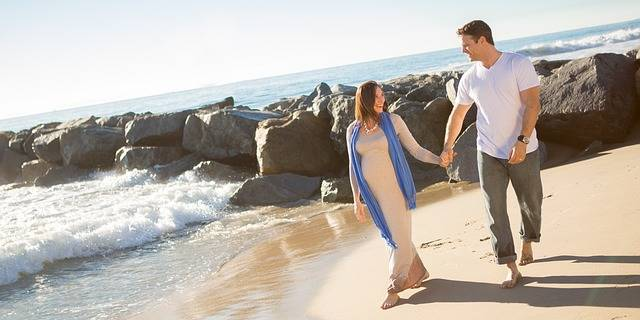 Free photo: Pregnant, Beach, Waves, Mother - Free Image on Pixabay - 711747 (96913)