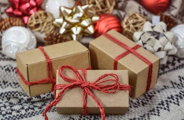 Free photo: Christmas, Gift, New Year, Holidays - Free Image on Pixabay - 3015776 (100803)